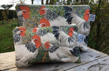 Washbags/Cosmetic bags and tote bags art