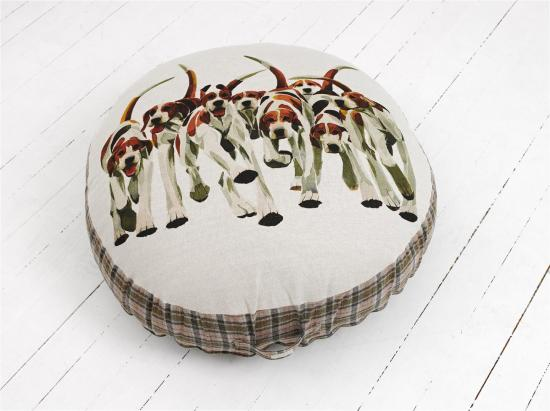 FLOOR CUSHION  Foxhounds, large image