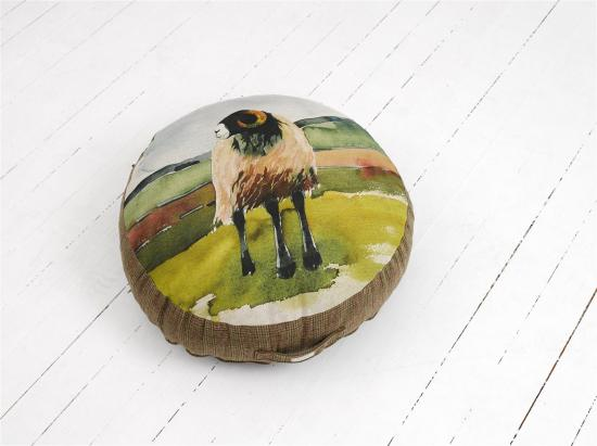FLOOR CUSHION  Moorland ram, medium image
