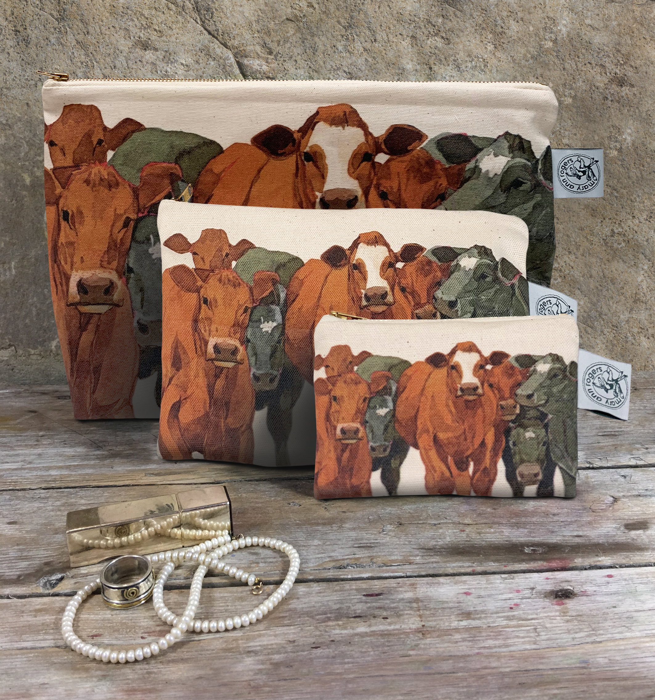Washbag/Cosmetic Bag/Purse  Fat Cattle New!!! image