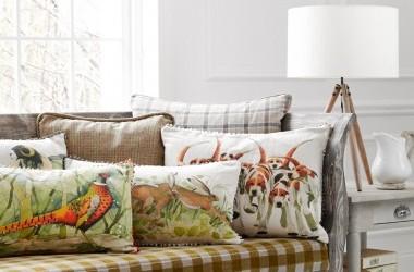 Cushions, Voyage art